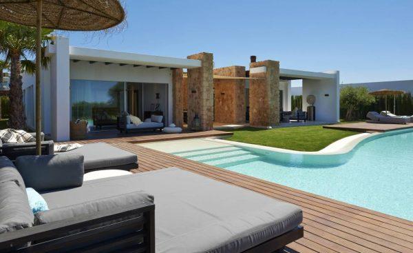 Segundas residencias en Ibiza: Tranquilidad, Playa, Ocio, Diversión y Cultura