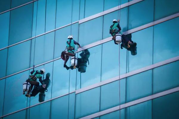 Trabajos muy arriesgados: trabajos verticales